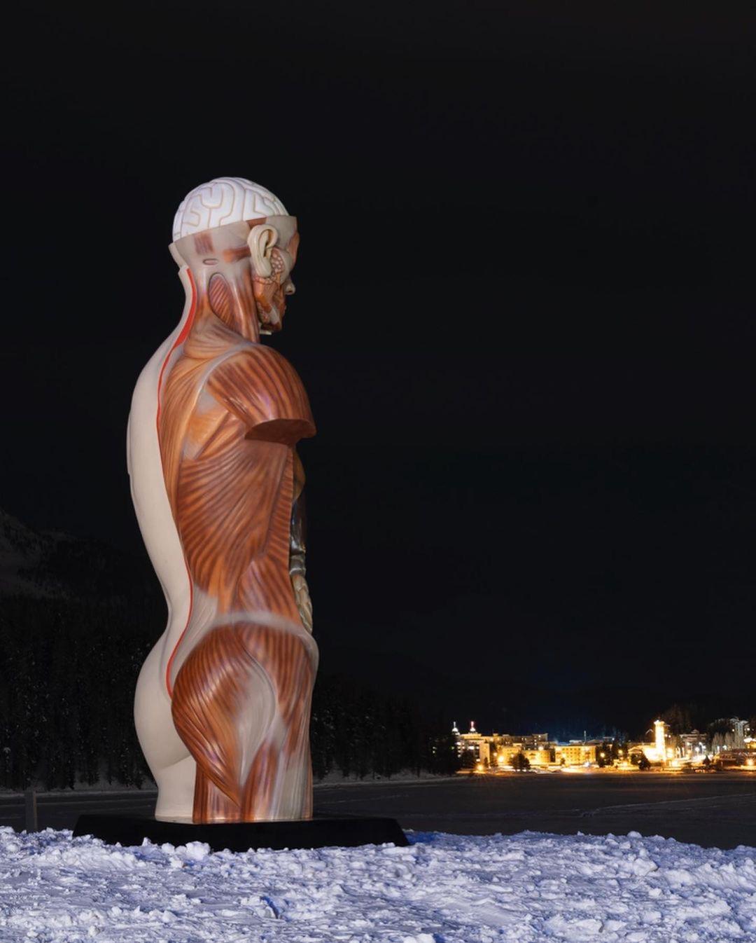 Damien Hirst, Temple, 2021, St Moritz, Dimlej (4)