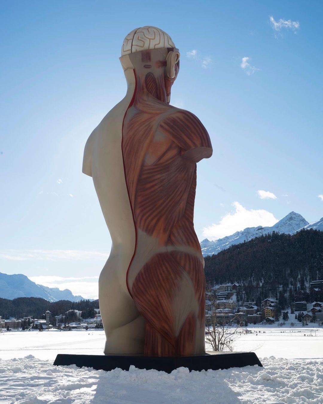 Damien Hirst, Temple, 2021, St Moritz, Dimlej (5)