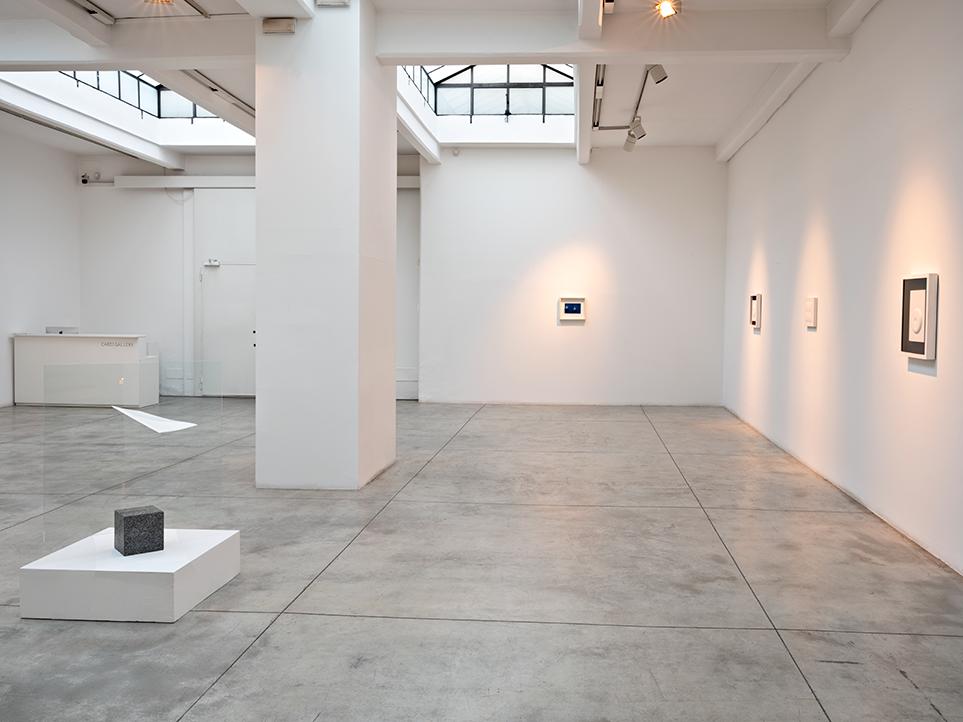 Agostino Bonalimi Installation view, Personale 2021, Milano, Galleria Cardi, foto Carlo Vannini, d