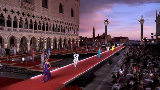 Donna_Alta Moda_Venezia_2021_Dolce & Gabbana